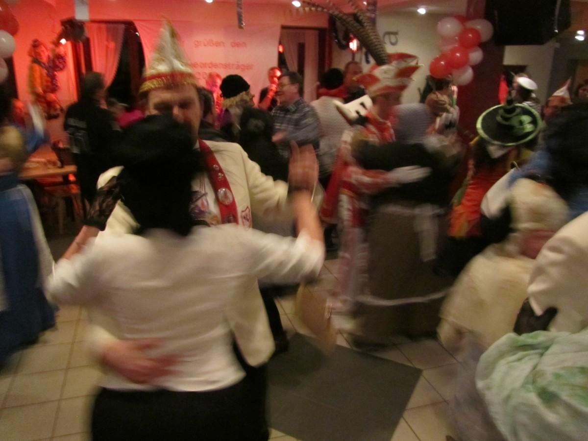 2013_02_01 Tanz mit Möhnen