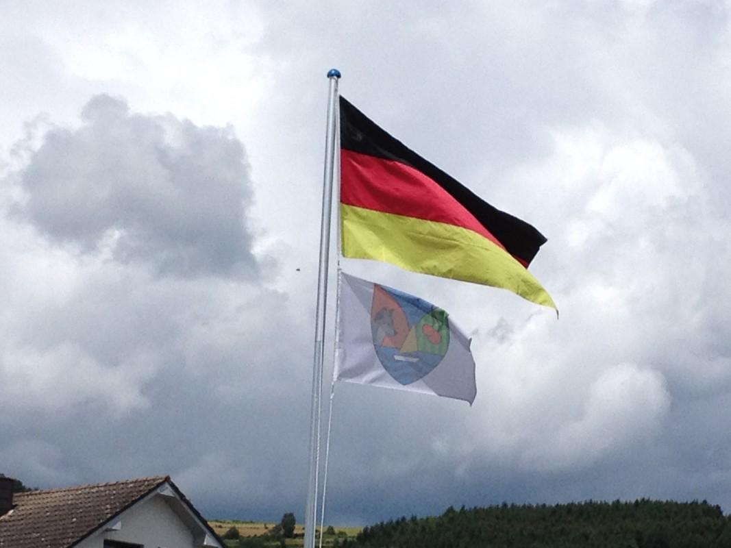 2013_10_28 knatternde Flaggen