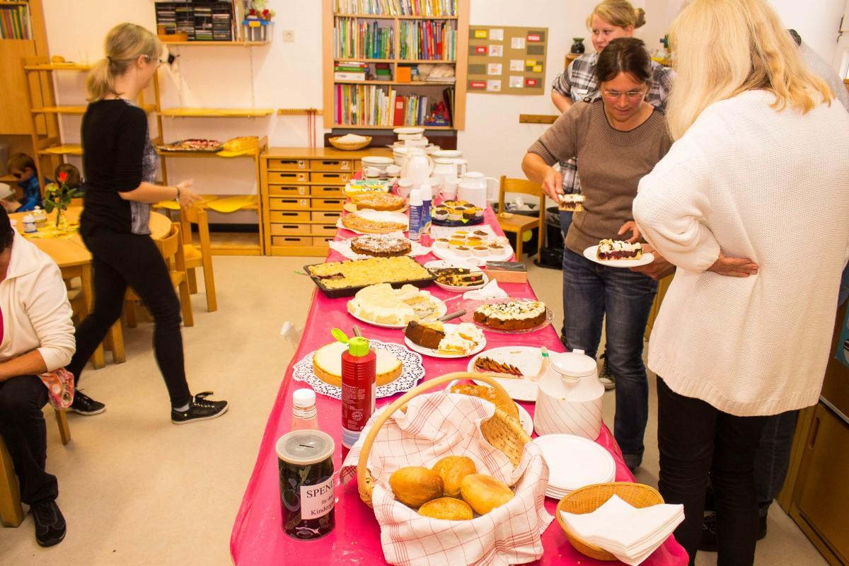 2014_09_13 Waldwichtel 40 Kuchen